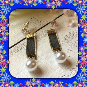 Jewelry - 🆕 Mesh Dangle Earrings ( Black )